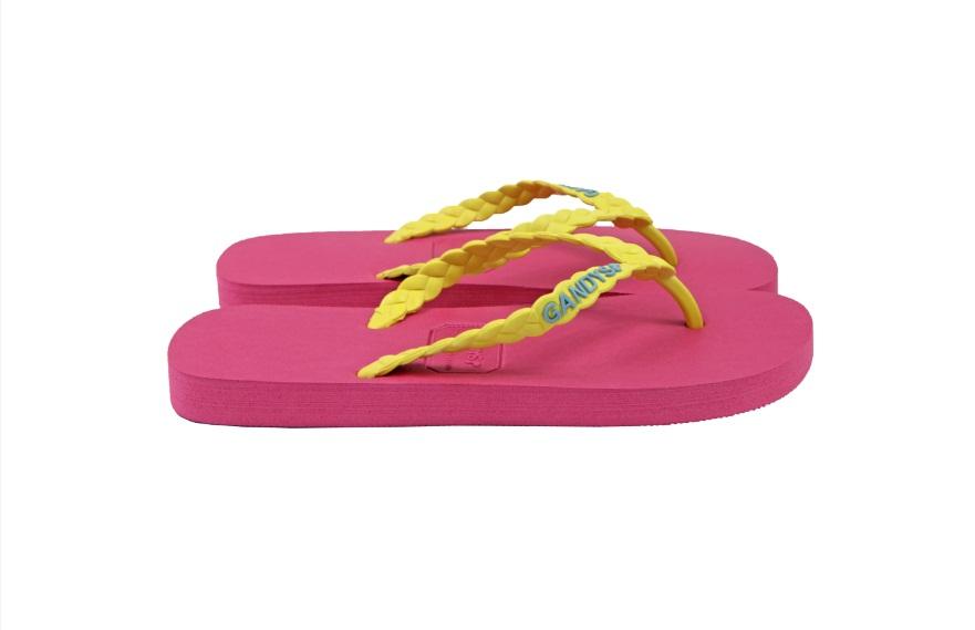 pink-flip-flops-CCT