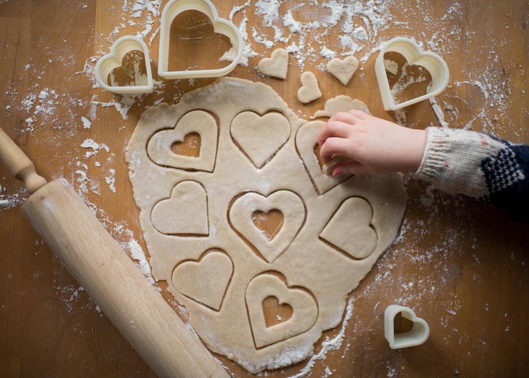 Jessica Dickinson Tis Season Baking