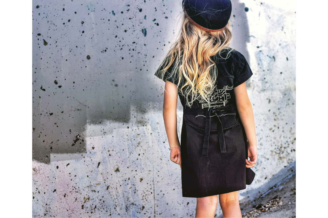 Junior Style Kids Fashion blog - Five Ladies and Beau - Stylish in Black blog post featuring Infantium Victoria #infantiumvictoria #kidsfashion #veganfashion #ethicallymade #ethicallyproduced #ethicalfashion #ethicalstyle #juniorstyle #juniorstylelondon #kidsfashionblogger