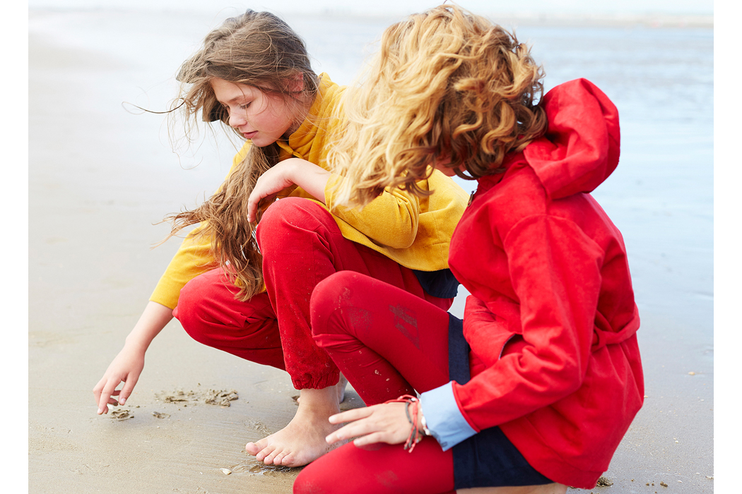 Junior Style Editorial Saint Idesbald Part One by Ahmed Bahhodh and Coralie Foulard #kidsfashion #editorial #saintidesbald #belgium #beach #juniorstyle #ontheblog #kidsfashionblogger #ahmedbahhodh #kidsfashionstyling #theanimalsobservatory