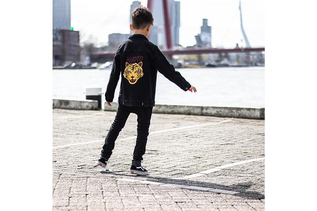 Bodhen Dino Dutch: Urban Style