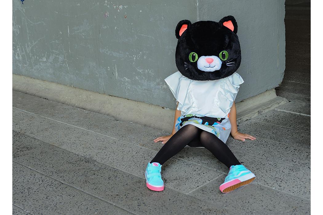 Editorial: Hello Alley Cat